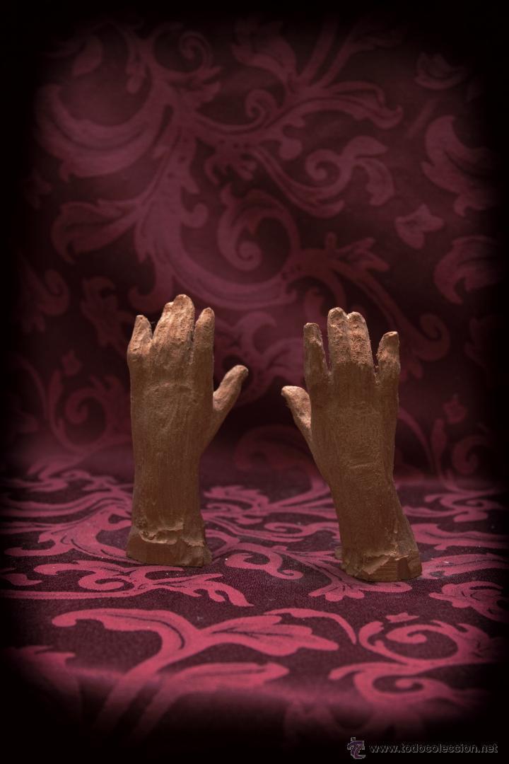 JUEGO DE MANOS PARA VIRGEN DE 80 CTM EN MADERA DE CEDRO. (Arte - Arte Religioso - Escultura)