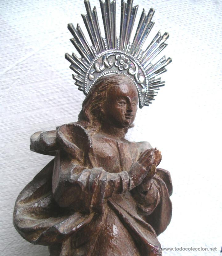Arte: Virgen de la Purísima S XIX, corona de plata, talla madera de Cedro. Med. Alt. 26 x 8 x 8 cm - Foto 5 - 26831083