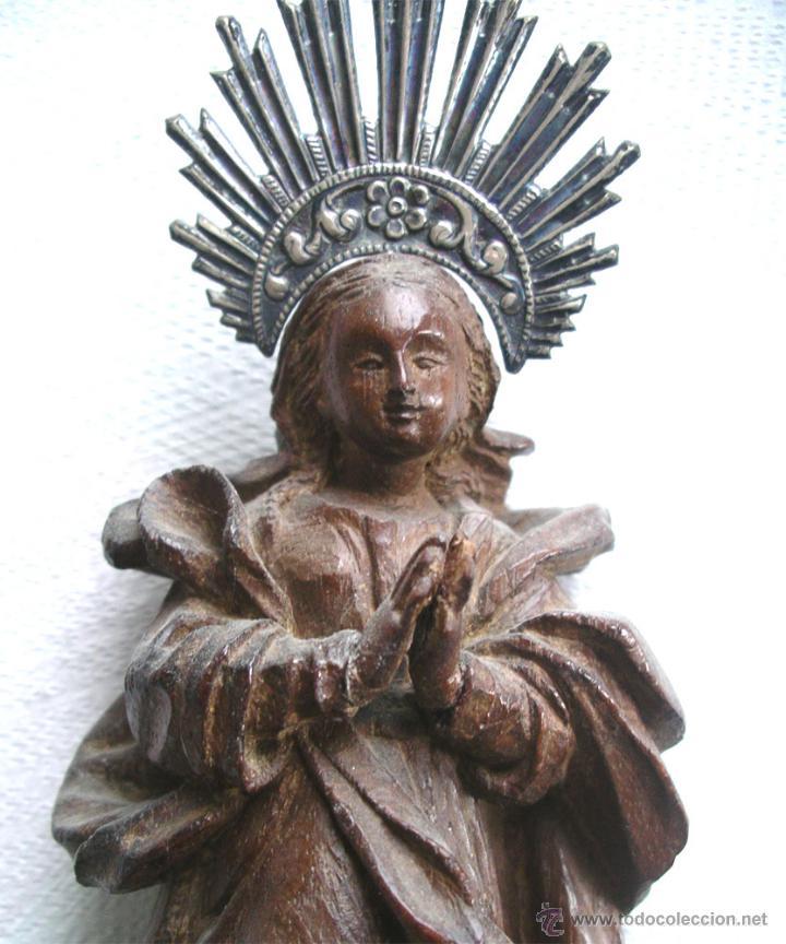 Arte: Virgen de la Purísima S XIX, corona de plata, talla madera de Cedro. Med. Alt. 26 x 8 x 8 cm - Foto 7 - 26831083