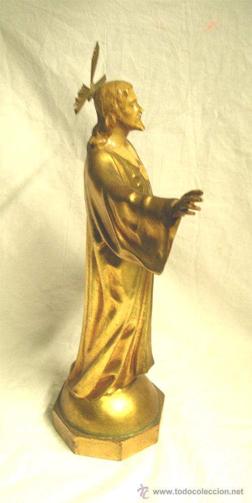 Arte: Sagrado Corazón escuela Olot años 50, policromia oro fino, peana madera. Med 44 cm - Foto 3 - 53149582