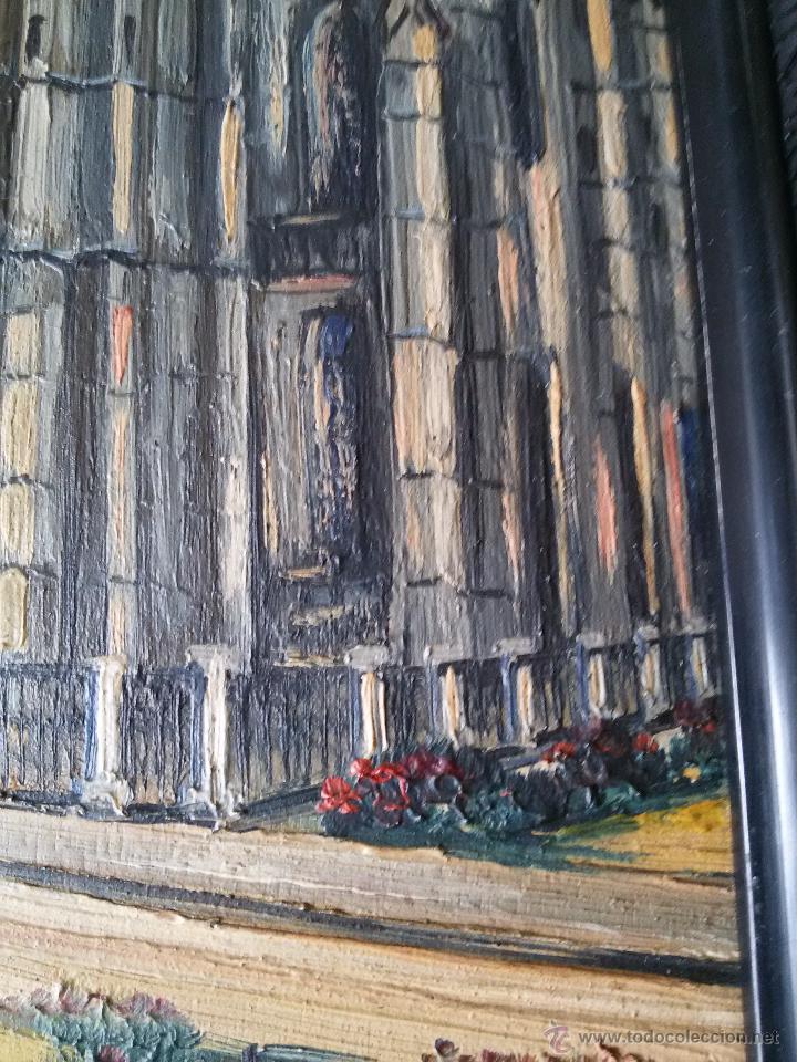 Arte: ÓLEO ANTIGUO SOBRE TABLA-CATEDRAL DE LEÓN CON RELIEVE-FIRMADO-MARCO LABRADO-A MANO - Foto 3 - 54579101