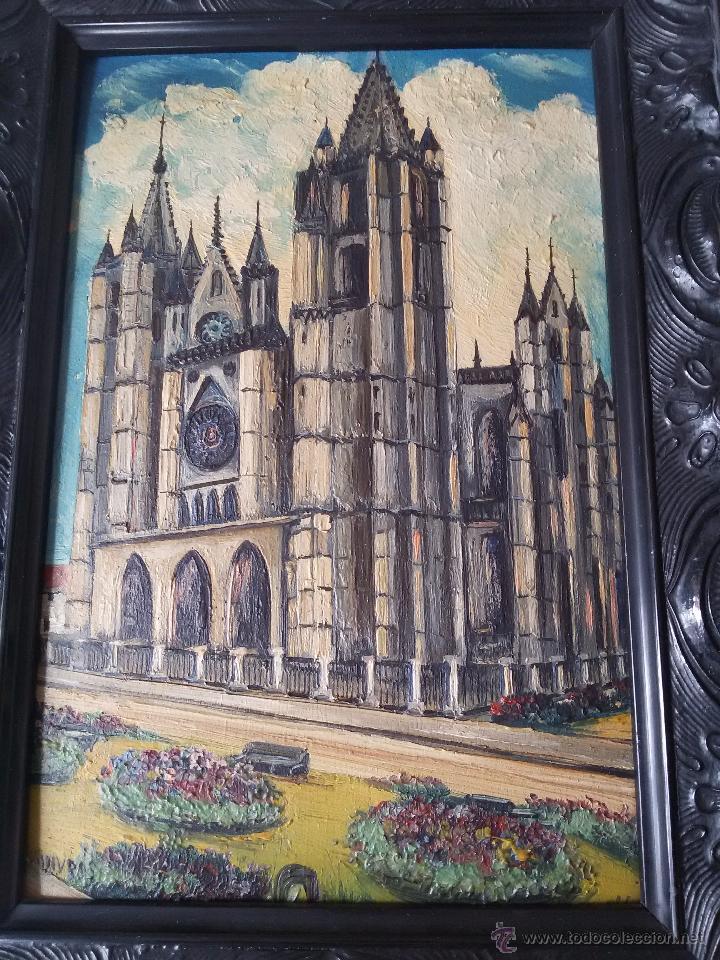 Arte: ÓLEO ANTIGUO SOBRE TABLA-CATEDRAL DE LEÓN CON RELIEVE-FIRMADO-MARCO LABRADO-A MANO - Foto 9 - 54579101