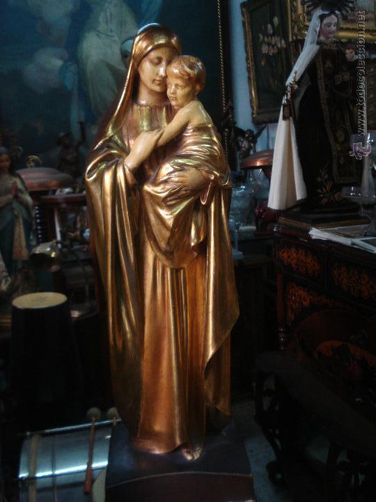 TIERNA MATERNIDAD NOVECENTISTA DORADA AL ORO FINO (Arte - Arte Religioso - Escultura)
