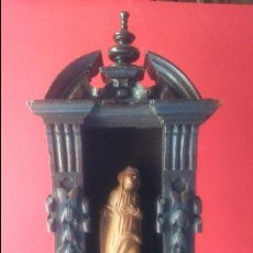 Arte: IMAGEN DE DOLOROSA EN TALLA DE MADERA DE BOJ CON ALTAR DE ROBLE SS. XVI XVII BELGICA. Lote 56045024