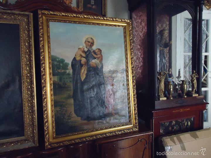 FIRMADO AÑO 1889 PINTURA FRANCESA RELIGIOSA OLEO SAN VICENTE DE PAUL GRAN MARCO DORADO - 100 X 77 CM (Arte - Arte Religioso - Pintura Religiosa - Oleo)