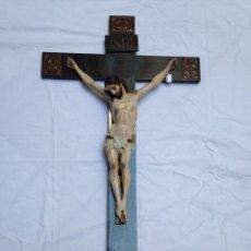 Arte: CRUZ, CRUCIFIJO DE MADERA TALLADA CRUZ Y CRISTO GRAN TAMAÑO. Lote 57306562