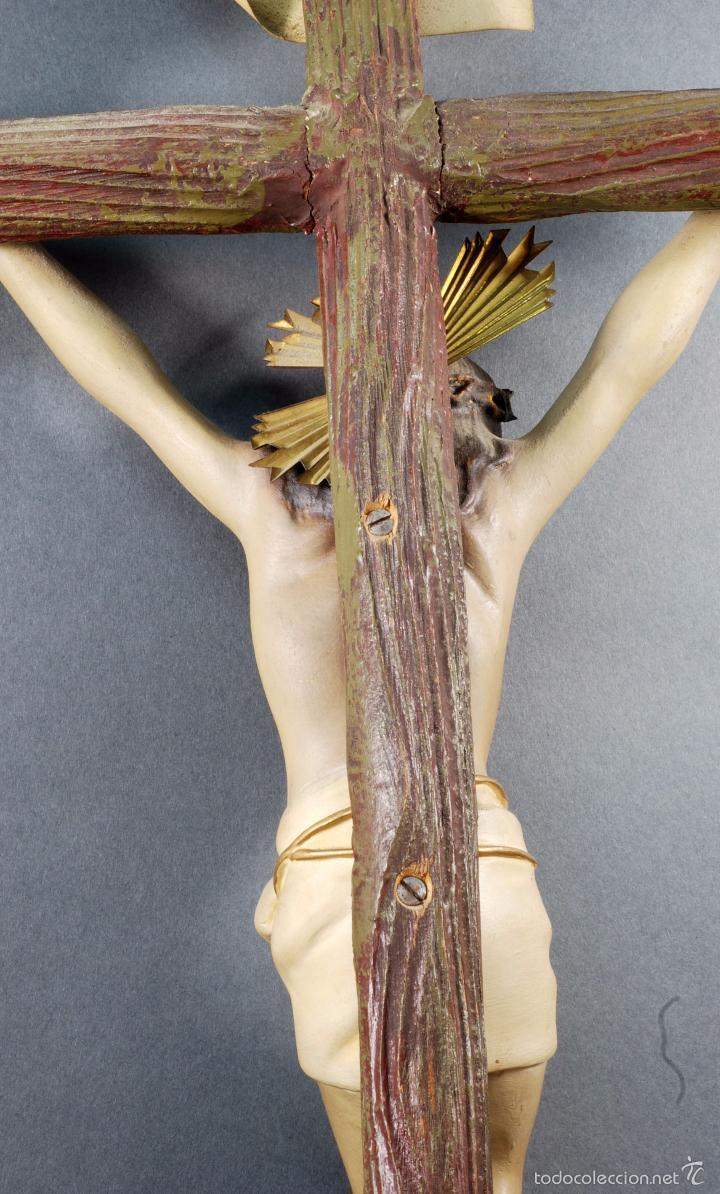 Arte: Crucifijo Cristo cruz Olot estuco policromado cruz madera Mediados S XX - Foto 7 - 166528865