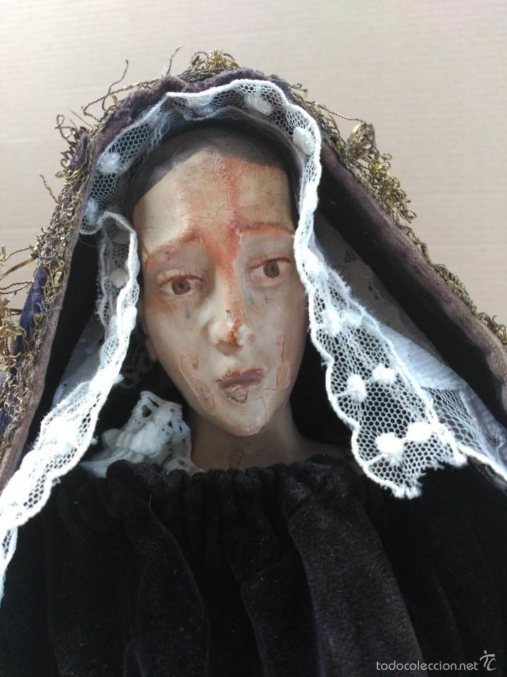 VIRGEN DOLOROSA, VESTIDERA TALLA EN MADERA, SIGLO XIX, CON ROPA DE LA EPOCA (Arte - Arte Religioso - Escultura)