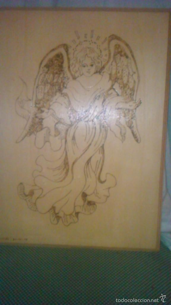 Arte: Retablo de madera con imagen de ángel gabriel grabado en la madera y pintado a mano. firmado rafael - Foto 2 - 58790641