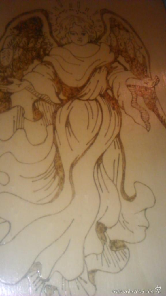 Arte: Retablo de madera con imagen de ángel gabriel grabado en la madera y pintado a mano. firmado rafael - Foto 4 - 58790641