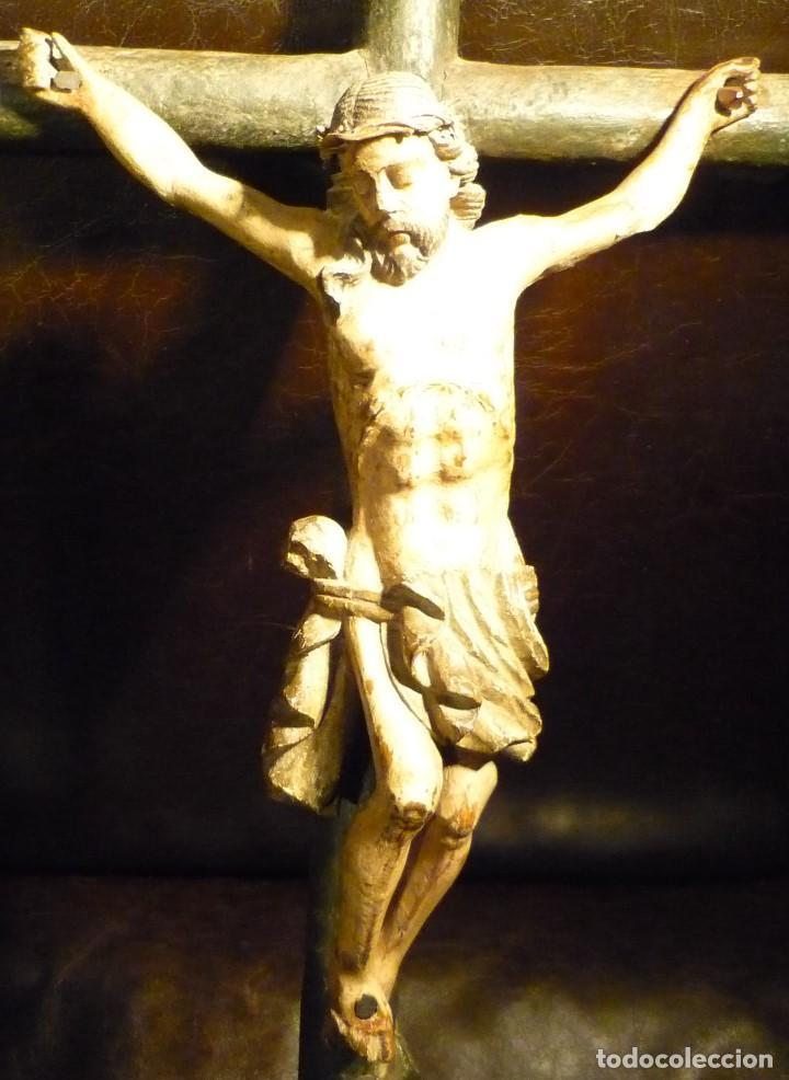 Arte: CRISTO EN LA CRUZ. ESCUELA ANDALUZA DEL S.XVIII - Foto 2 - 65102275