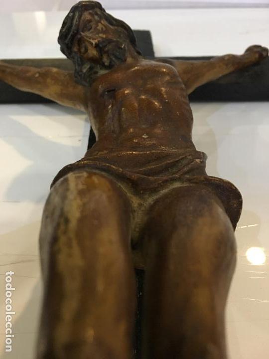 CRISTO REALIZADO EN TERRACOTA POLICROMADA. MUY BONITOS DETALLES, FINALES DEL XIX (Arte - Arte Religioso - Escultura)