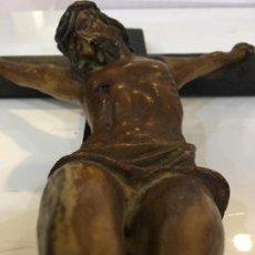 Arte: CRISTO REALIZADO EN TERRACOTA POLICROMADA. MUY BONITOS DETALLES, FINALES DEL XIX. Lote 65681350