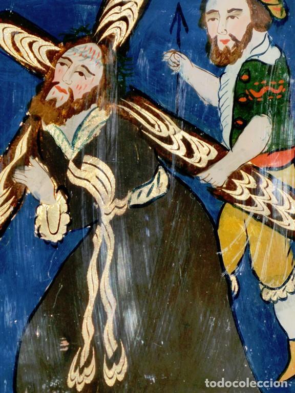 Arte: ANTIGUO CRISTAL RELIGIOSO PINTADO A MANO - JESÚS CON LA CRUZ A CUESTAS - ENMARCADO - ICONO - RARO - Foto 2 - 72335175