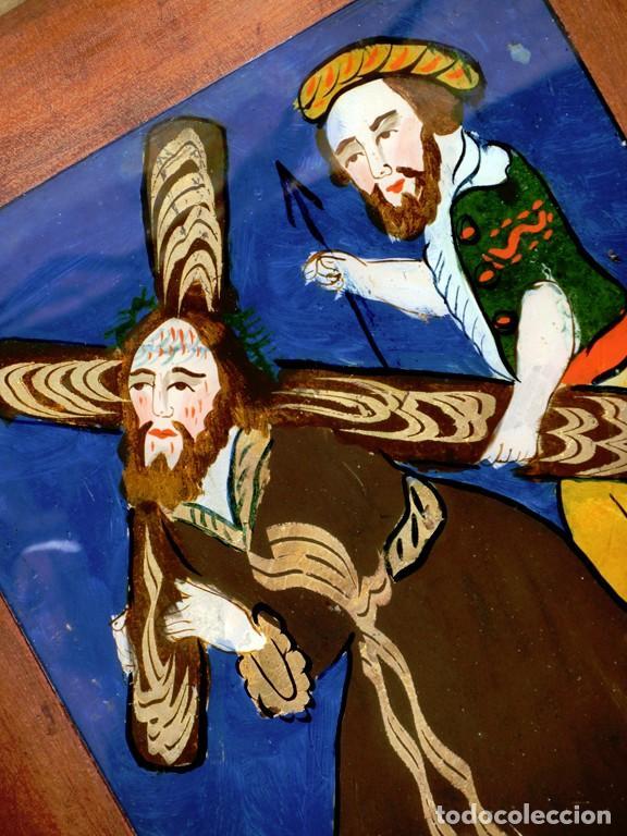 Arte: ANTIGUO CRISTAL RELIGIOSO PINTADO A MANO - JESÚS CON LA CRUZ A CUESTAS - ENMARCADO - ICONO - RARO - Foto 14 - 72335175