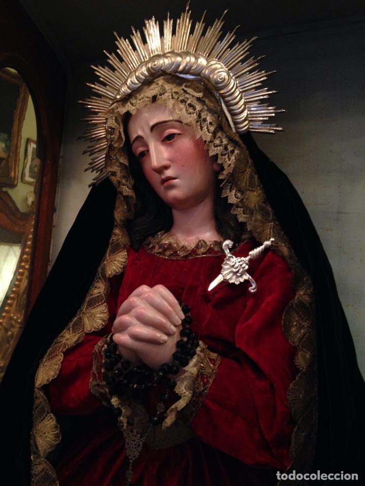 Arte: Virgen dolorosa del siglo XVIII, talla de madera, con urna-capilla - Foto 3 - 72739185