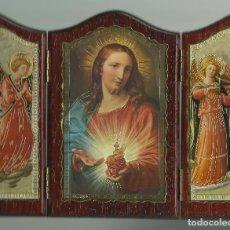 Arte: TRIPTICO RELIGIOSO LAMINA SOBRE MADERA PARA MESA O COLGAR VER FOTOS. Lote 74847539