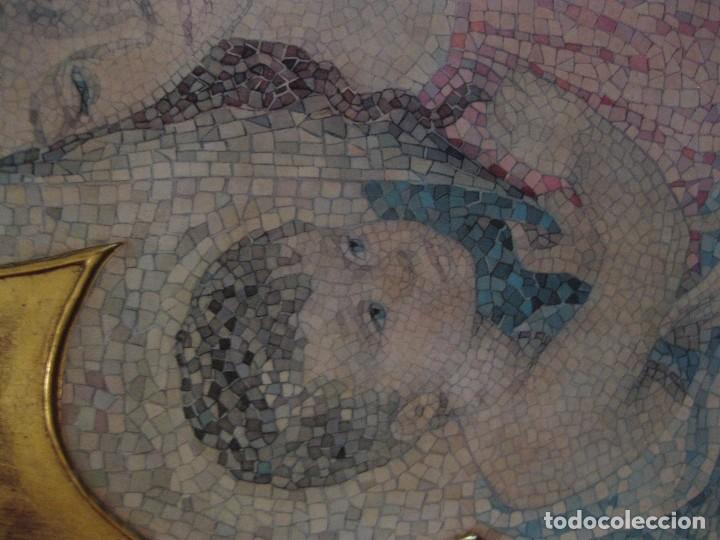 Arte: precioso cuadro en madera virgen con niño . simula mosaico . doradoen fondo ? y borde 50/50/1cm - Foto 4 - 75793079