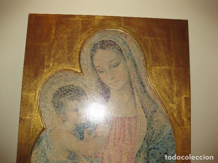 Arte: precioso cuadro en madera virgen con niño . simula mosaico . doradoen fondo ? y borde 50/50/1cm - Foto 6 - 75793079