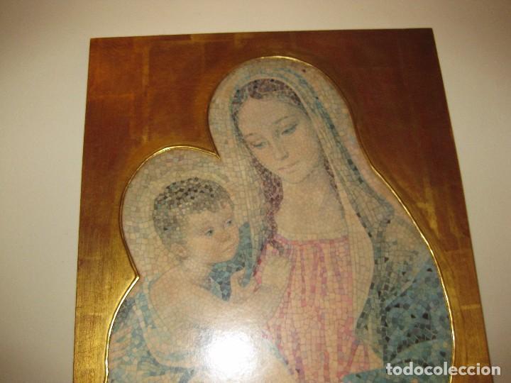 Arte: precioso cuadro en madera virgen con niño . simula mosaico . doradoen fondo ? y borde 50/50/1cm - Foto 7 - 75793079