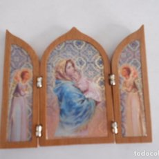 Arte: TRIPTICO RELIGIOSO DE MADERA Y LAMINA,VIRGEN MARIA CON NIÑO JESUS. Lote 79847197