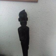 Arte: ESCULTURA, FIGURA DE HOMBRE AFRICANO,53CM. Lote 80262565