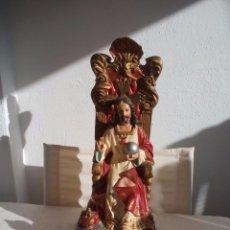 Arte: SAGRADO CORAZON DE JESUS CRISTO REY SENTADO EN SU TRONO, EN PASTA DE ESCAYOLA POLICROMADA. Lote 120587963