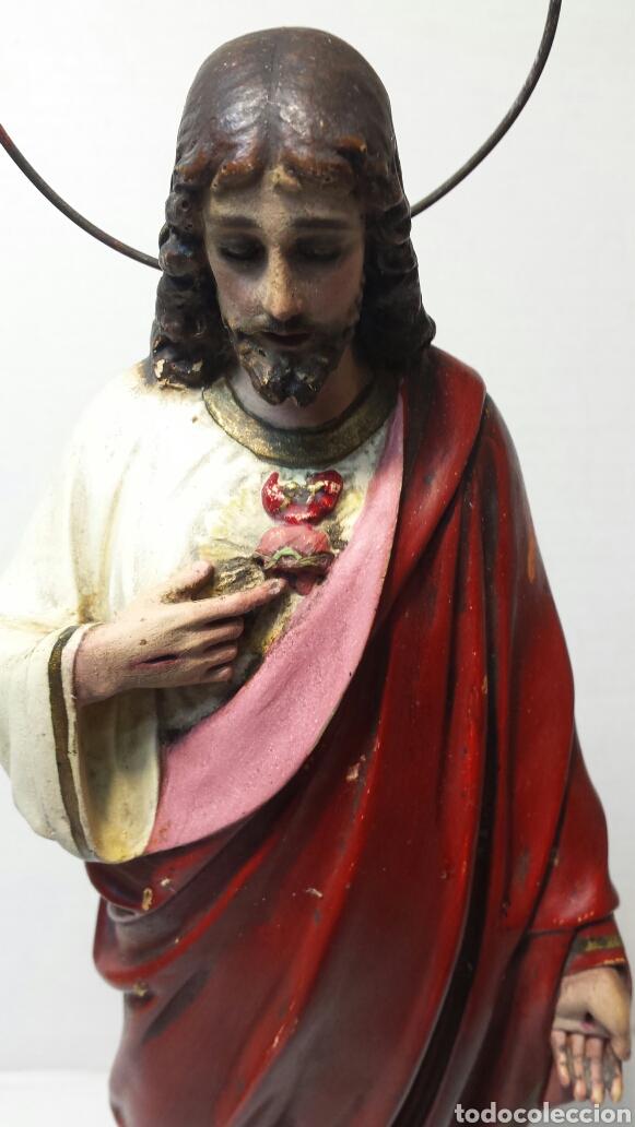 IMÁGEN ANTIGUA SAGRADO CORAZÓN DE JESÚS AÑOS 20-30 OJOS DE CRISTAL OLOT (Arte - Arte Religioso - Escultura)
