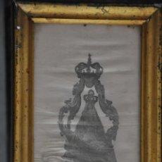 Arte: MUY ANTIGUA ESTAMPACIÓN SOBRE SEDA DE LA VIRGEN DE LA VICTORIA DE MALAGA , ENMARCADA. Lote 83493656
