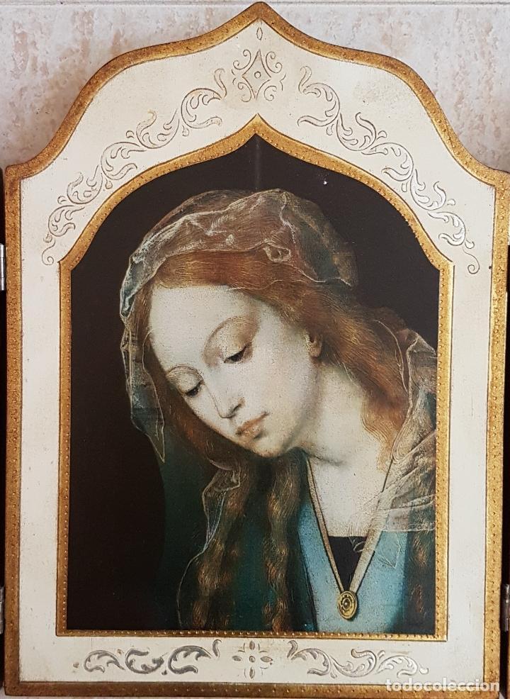 Arte: Bello tríptico antiguo con litigrafías religiosas en madera con acabados en estuco y oro . - Foto 3 - 132801302