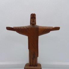 Arte: ESCULTURA ANTIGUA TALLADA A MANO EN MADERA DE CRISTO REDENTOR EN RIO DE JANEIRO.. Lote 85972096
