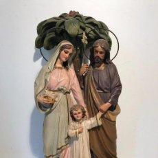 Arte: PRECIOSA SAGRADA FAMILIA, SELLO ARTES RELIGIOSAS OLOT, ANTIGUA. 39,5CM.. Lote 86612300