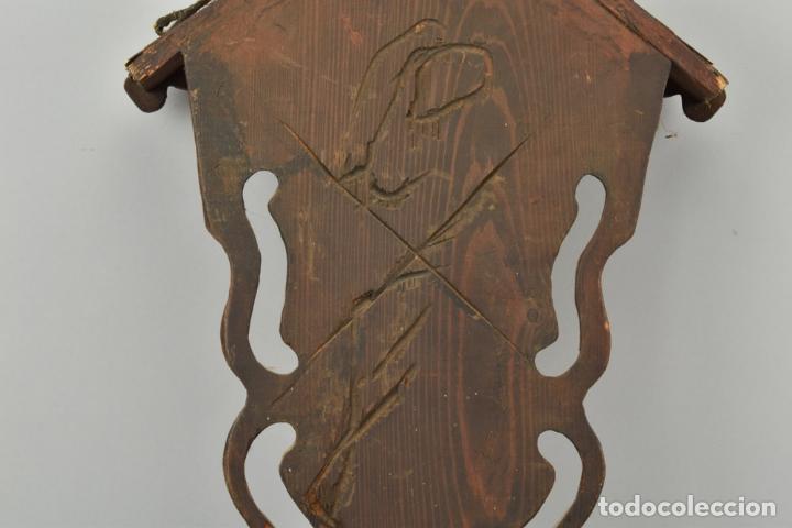 Arte: antigua capilla madera tallada art deco año1928 medidas 51x31x7 cm figuras porcelana 152,00 € - Foto 5 - 87403332