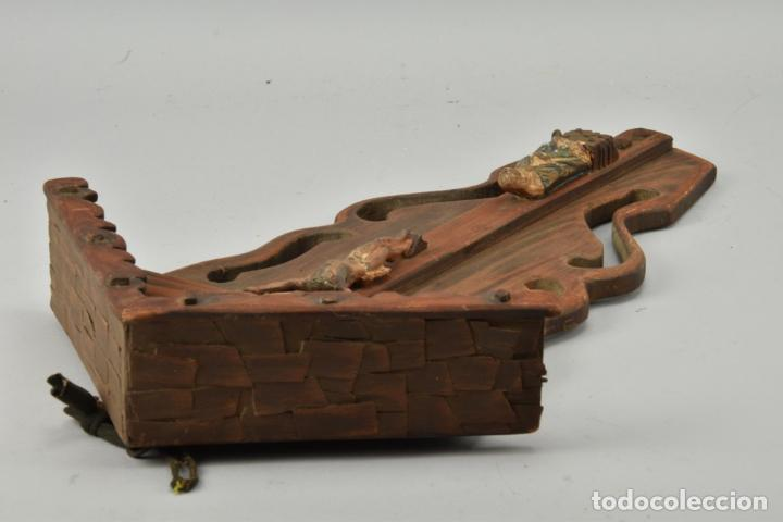 Arte: antigua capilla madera tallada art deco año1928 medidas 51x31x7 cm figuras porcelana 152,00 € - Foto 6 - 87403332