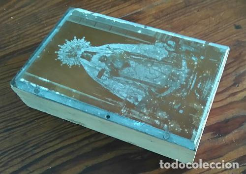 Arte: ANTIGUA PLANCHA METALICA SOBRE MADERA PARA IMPRIMIR IMAGEN Nª Sª DE LA MERCED JEREZ DE LA FRONTERA - Foto 2 - 88927164
