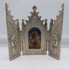 Arte: ANTIGUO TRIPTICO RELIGIOSO EN METAL CON LA VIRGEN DEL PILAR MUY BONITA PIEZA DE ESTILO GÓTICO . Lote 90574085