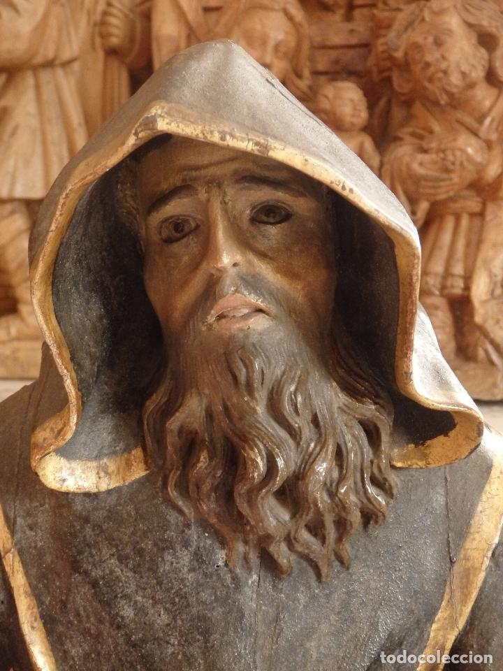 Arte: San Francisco de Paula. Escultura en madera tallada de la escuela andaluza. 84 cm. S. XVIII. - Foto 3 - 182109498