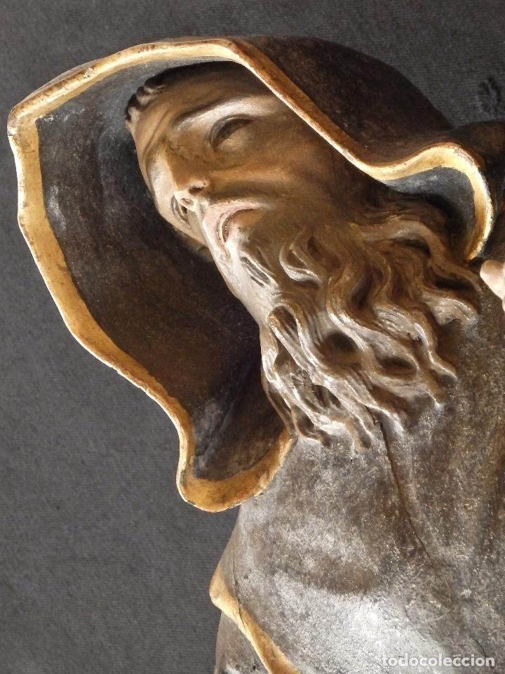 Arte: San Francisco de Paula. Escultura en madera tallada de la escuela andaluza. 84 cm. S. XVIII. - Foto 20 - 182109498