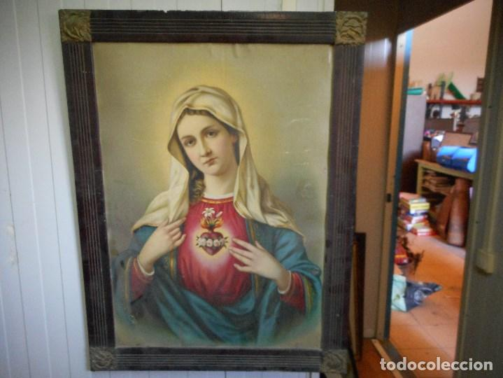 PRECIOSA VIRGEN SOBRE CARTON DURO LITOGRAFIA O PARECIDO EN MARCO EPOCA ESQUINAS METAL (Arte - Arte Religioso - Pintura Religiosa - Otros)