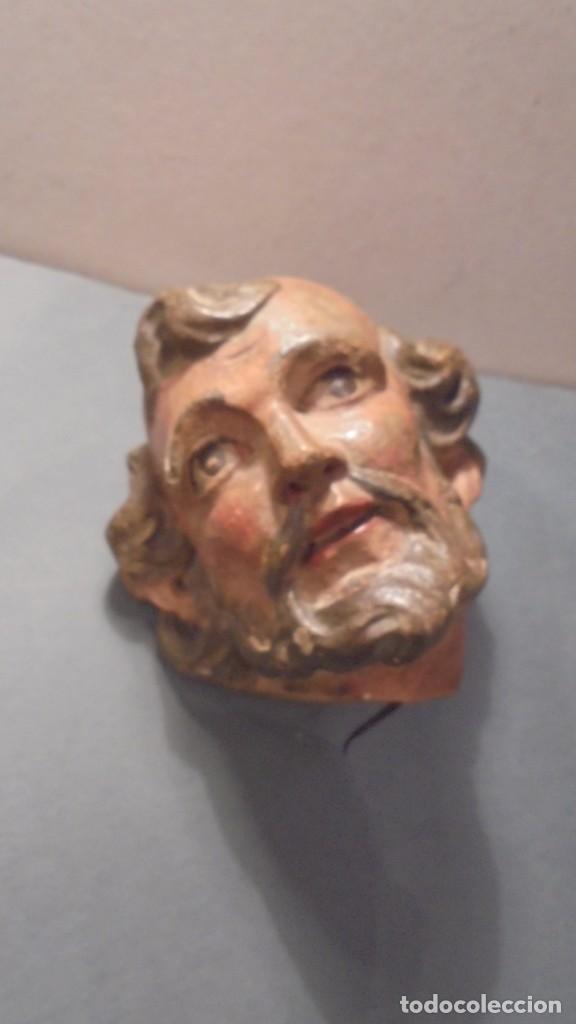 (M) ANTIGUA CABEZA DE TALLA POLICROMADA DE UN SANTO S. XVIII - ORIGINAL DE EPOCA 14X13 CM. , TODO (Arte - Arte Religioso - Escultura)