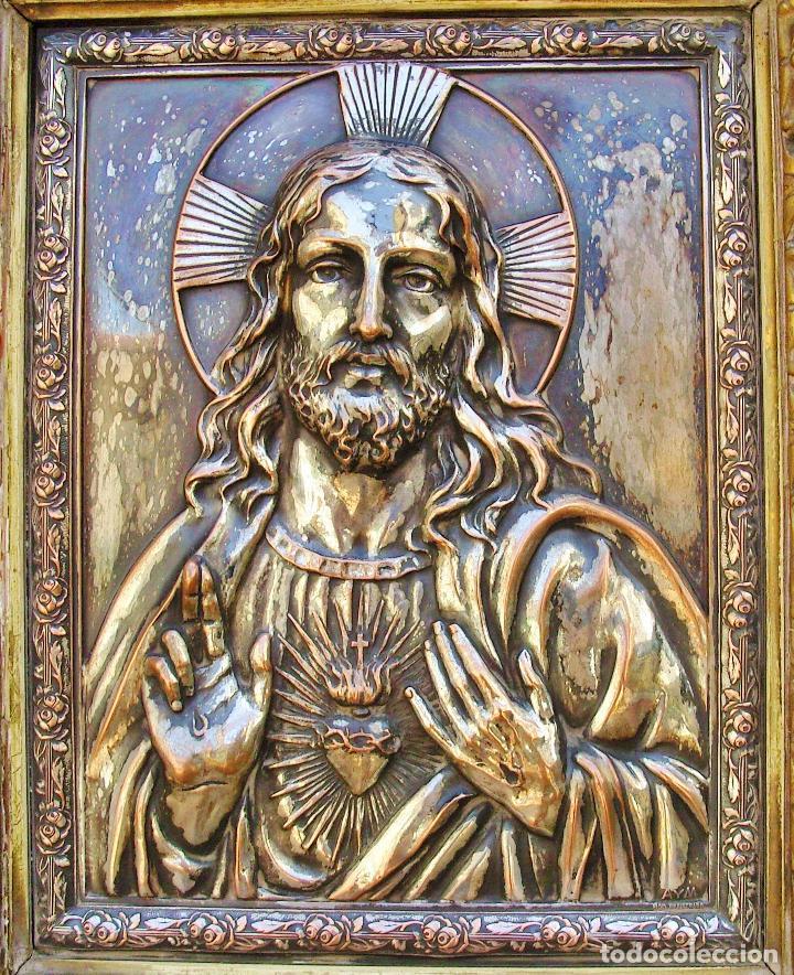 Arte: RETABLO DE JESUCRISTO EN METAL Y EN RELIEVE- FIRMADO AYM - Foto 8 - 96075387