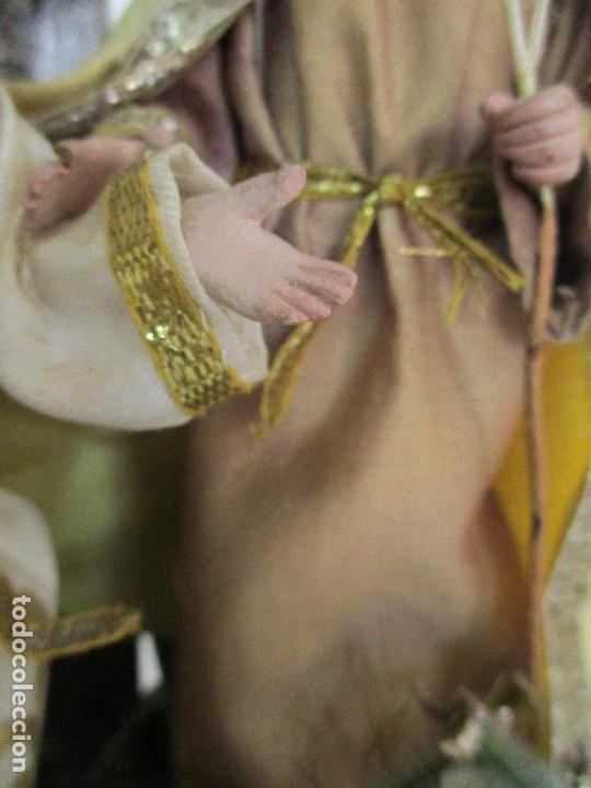Arte: Sagrada Familia - Cap y Pota - Isabelina - Terracota - en Urna, Fanal de Cristal - S. XIX - Foto 6 - 97052651