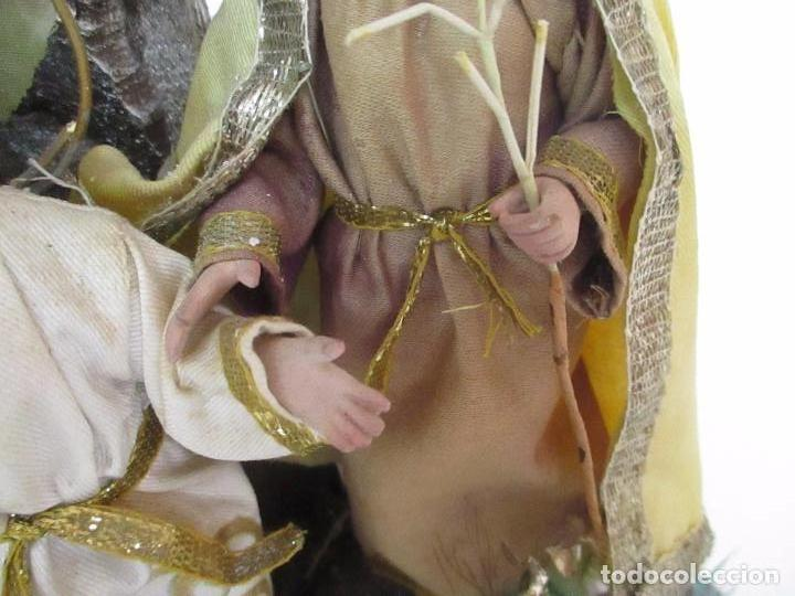 Arte: Sagrada Familia - Cap y Pota - Isabelina - Terracota - en Urna, Fanal de Cristal - S. XIX - Foto 17 - 97052651