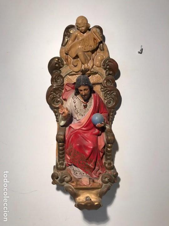 SAGRADO CORAZON DE JESUS ENTRONIZADO DE ESTUCO DE PARED, 45CM. (Arte - Arte Religioso - Escultura)