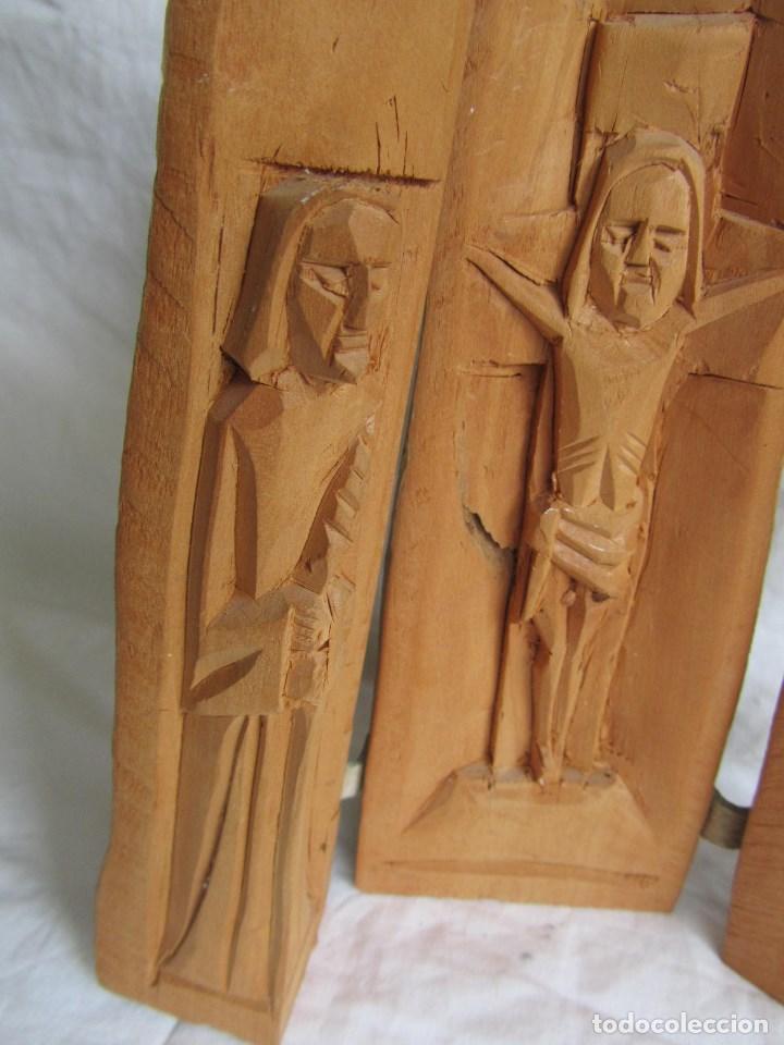 Arte: Tríptico fabricado en una sóla pieza de madera tallada - Foto 3 - 97866711