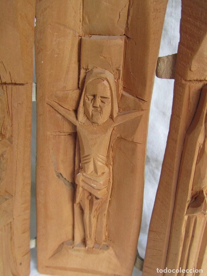 Arte: Tríptico fabricado en una sóla pieza de madera tallada - Foto 4 - 97866711