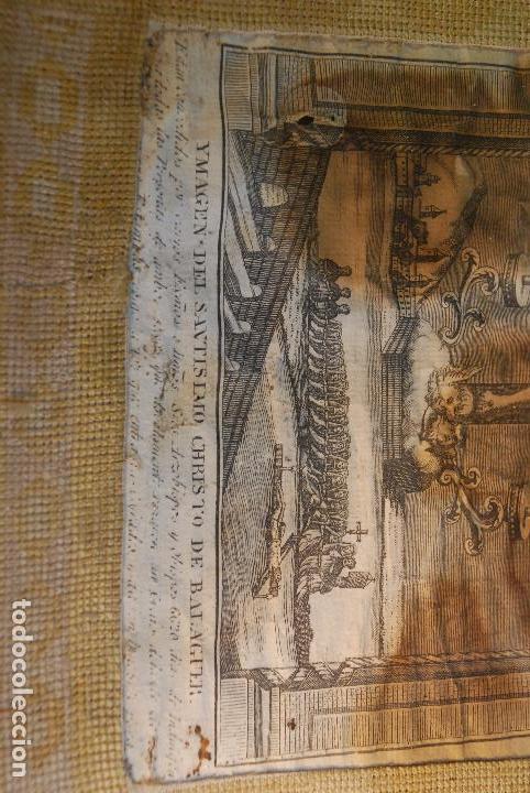 Arte: MUY ANTIGUO GRABADO DE LA YMAGEN DEL SANTISIMO CHRISTO DE BALAGUER - GRAN MARCO DE NOGAL - BORDADO - - Foto 2 - 98926547