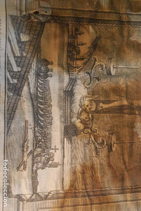 Arte: MUY ANTIGUO GRABADO DE LA YMAGEN DEL SANTISIMO CHRISTO DE BALAGUER - GRAN MARCO DE NOGAL - BORDADO - - Foto 3 - 98926547