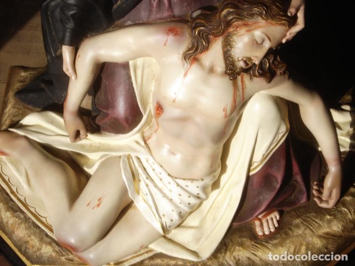 MAGNIFICA HORNACINA CON PIEDAD SELLADA DE EL ARTE CRISTIANO (Arte - Arte Religioso - Escultura)