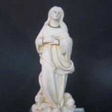 Arte: ANTIGUA VIRGEN ASCENSION CON ANGELES TALLER OLOT - MARCAS INCISAS A MANO. Lote 101395099